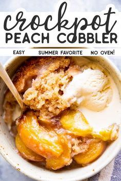 No need to switch on the oven for this Crockpot Peach Cobbler – it's cooked entirely in your slow cooker! So delicious with fresh summer peaches and an easy biscuit topping – the perfect dessert with a Slow Cooker Desserts, Crockpot Dessert Recipes, Crock Pot Desserts, Dump Cake Recipes, Cooking Recipes, Cooking Corn, Crockpot Dishes, Cooking Videos, Slow Cooking