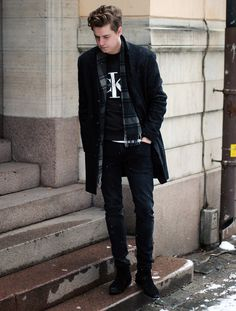CASUAL MONDAY | Martin Hansson  #fashion #swedish #streetstyle #blogger #MartinHansson #CalvinKlein #Weekday #Brothers