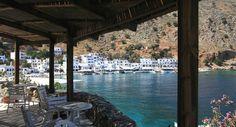Le port de Loutro, en Crète (Grèce).