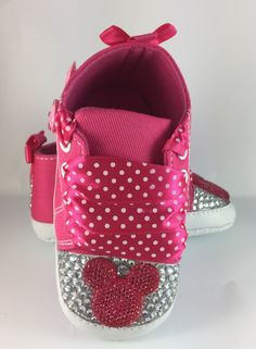 Customised Baby Girl Pink Minnie Mouse Crib Shoes by HuggyWuggys on Etsy