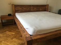 Vyrábame kvalitný drevený nábytok na mieru s vášňou a citom pre detail. Výroba nábytku na mieru nie je pre nás len prácou, je to poslanie s ktorým žijeme.