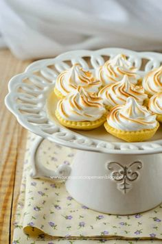 La Cucina Scacciapensieri: Tartellette al lemon curd e meringa