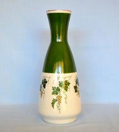 V.E.B. Porzellanfiguren Lippelsdorf und gehörte zum Kombinat V.E.B. Vereinigte Zierporzellanwerke Lichte  Vase 24 cm hoch aus Porzellan, grün weiß Wagner und Apel in Lippelsdorf | eBay