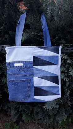 Recyklovaná móda je móda, ktorá neničí planétu a zdôrazňuje jedinečnosť Vášho štýlu. Gym Bag, Handmade, Bags, Fashion, Handbags, Hand Made, Moda, La Mode, Dime Bags