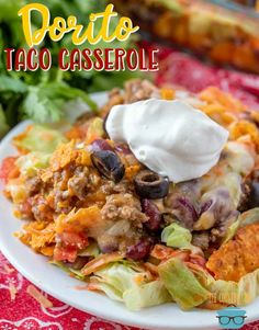 Dorito Taco Casserole recipe from The Country Cook This is a tasty dinner that the whole family will love! Dorito Taco Casserole, Casserole Dishes, Casserole Recipes, Taco Bake, Beef Recipes, Mexican Food Recipes, Ethnic Recipes, Easy Recipes, Chicken Recipes