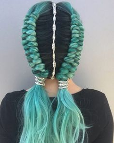 Double dutch infinity braids by Alexandra Wilson