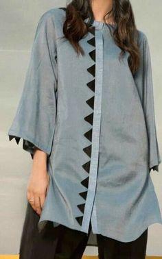 Simple Pakistani Dresses, Pakistani Fashion Casual, Pakistani Dress Design, Stylish Dress Designs, Stylish Dresses For Girls, Sleeves Designs For Dresses, Dress Neck Designs, Frock Fashion, Fashion Dresses