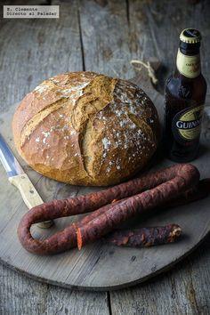 Pan de cerveza negra. Receta fácil, sencilla y deliciosa Pan Bread, Bread Baking, Real Food Recipes, Cooking Recipes, Yummy Food, Pan Dulce, Bread Machine Recipes, Fun Cooking, Tapas