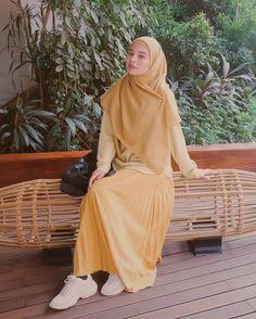 Modest Dresses Casual, Modest Fashion Hijab, Modern Hijab Fashion, Muslim Women Fashion, Street Hijab Fashion, Casual Hijab Outfit, Hijab Fashion Inspiration, Muslimah Clothing, Moslem Fashion