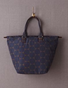 I've spotted this @BodenClothing Barnsbury Tote Khaki Mid Spot