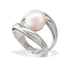 Sterling Silver Ring with Freshwater Pearl - Rings - Jewelry Type