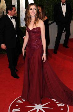 Anne Hathaway - 2011 Vanity Fair Oscar Party Hosted By Graydon Carter - Arrivals