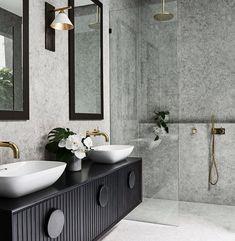 Bathroom Tile Designs, Modern Bathroom Design, Bathroom Interior Design, Bathroom Ideas, Bathroom Organization, Bath Design, Bathroom Layout, Budget Bathroom, Shower Ideas