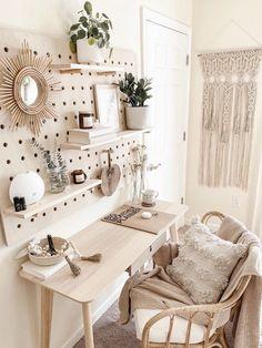 Cute Bedroom Decor, Room Design Bedroom, Room Ideas Bedroom, Boho Teen Bedroom, Teen Bedroom Designs, Cute Teen Bedrooms, Bohemian Bedroom Decor, College Bedroom Decor, Cute Bedroom Ideas For Teens