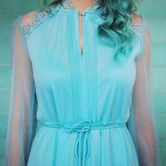 Headed to a massive antique fair in Alameda today! I'm so excited! Have a great Sunday!  #teal #vintage #wiwt #haircolor