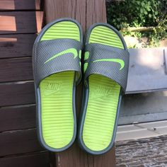 Shop Women's Nike Green Gray size 8 Sandals at a discounted price at Poshmark. Description: Worn a couple times Only a little dirty on the inside. Nike Green, Green And Grey, Nike Shoes, Lime, Sandals, Color, Fashion, Nike Tennis, Moda