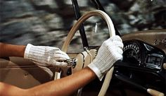 my gif gif film vintage alfred hitchcock old hollywood gloves Grace Kelly To Catch a Thief 1955 Hitchcock xhitch xtcat Kathrin Hepburn, La Main Au Collet, O Grande Gatsby, Estilo Ivy, Auto Gif, To Catch A Thief, Old Money, Classy Aesthetic, Glamour