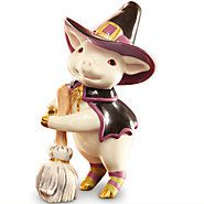 841526-Bewitching Pig Figurine