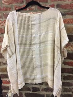 Weaving Designs, Weaving Projects, Knitting Projects, Tear, Woven Fabric, Spinning, Loom, Boho Fashion, Hand Weaving