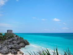 Mayan Ruins of Tulum are a spectacular site to behold. If the ruins themselves weren't enough, the setting on the beach is a true place to declare Heaven. Tulum, Mexico  #epluscancun #eplusvacation