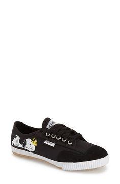 Feiyue. 'Fe Lo - Peanuts' Canvas Sneaker (Women)