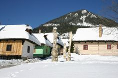 Fotogaléria - Vlkolínec Winter Holidays, Cabin, House Styles, Outdoor, Home Decor, Winter Vacations, Cabins, Cottage, Interior Design