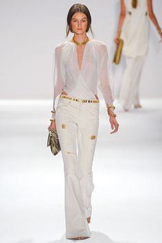 Elie Tahari ss2012 the top is fabulous!