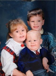 For when I need a good laugh. This is by far the best family picture ever.