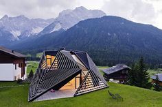 PLASMA Studio shook up the look of a quaint hamlet in the Italian Alps with the addition of this angular, timber-lattice residence linked to a more traditional villa design inspiration, architecture, luxury design . Architecture Paramétrique, Futuristic Architecture, Beautiful Architecture, Contemporary Architecture, Installation Architecture, Modern Contemporary, Sustainable Design, Exterior Design, Facade Design