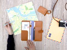 Travel Organizer & Luggage Tag Caramel - LOST & FOUND accessoires Travel Organization, Lost & Found, Travel Accessories, Caramel, Bags, Accessories, Sticky Toffee, Handbags, Candy