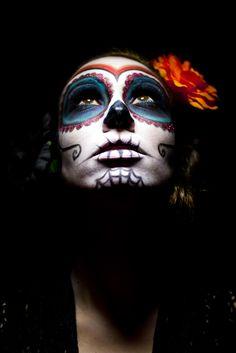 Calavera make-up                                                                                                                                                                                 Plus