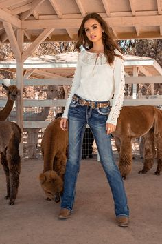 Cowgirl Style Outfits, Western Outfits Women, Country Style Outfits, Southern Outfits, Rodeo Outfits, Western Wear For Women, Country Fashion, Cowgirl Fashion, Country Chic Clothing