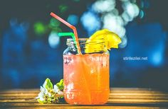 As summertime nears, we're dreaming of our favorite refreshing cocktails. And what could be better than collagen-infused drinks with friends? While collagen won't make these cocktails a healthy drink… Best Juicing Recipes, Healthy Juice Recipes, Healthy Juices, Healthy Drinks, Keto Recipes, Anti Pickel Creme, Bebidas Detox, Juice Cleanse, Juice Diet
