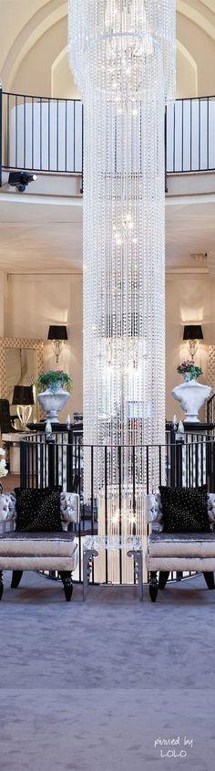 Luxury Home Design Interior Exterior, Luxury Interior, Luxury Lighting, Luxury Chandelier, Chandeliers, Espace Design, Luxury Homes, Luxury Mansions, Villa
