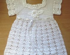 Vestido de bebé de ganchillo por trinajoycrochet en Etsy
