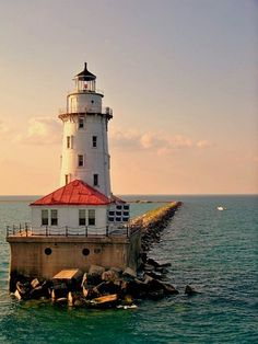 Chicago Harbor Lighthouse northern&breakwater&protecting the Chicago Harbor Chicago Illinois US 41.889444, -87.590556
