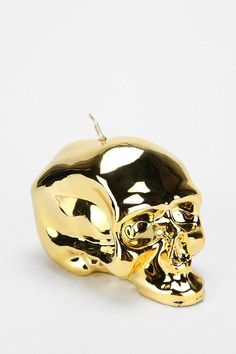 Metallic Skull Candle - Urban Outfitters - www.vollow.me