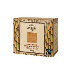 Wiener Demerara brauner Würfelrohrzucker. mit dem FAIRTRADE-Siegel, ist ein reines Naturprodukt und wird durch Kristallisation des Zuckerrohr-Saftes gewonnen. Typisch ist seine goldbraune Farbe und sein stark aromatischer, malziger Geschmack. Demerara Würfel-Rohrzucker gibt Heißgetränken (z.B. Tee, Kaffee, Punsch), sowie Cocktails und anderen Getränken eine exotische Geschmacksnote.