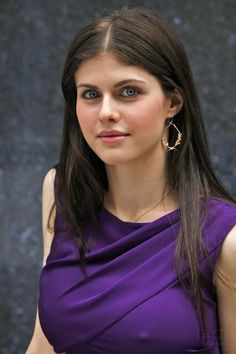 Alexandra Daddario - Imgur Alexandra Daddario, Beautiful Eyes, One Shoulder, Pretty Eyes, Gorgeous Eyes