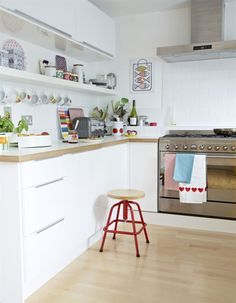 Nice 63 Gorgeous Modern Scandinavian Kitchen Ideas https://homeylife.com/63-gorgeous-modern-scandinavian-kitchen-ideas/