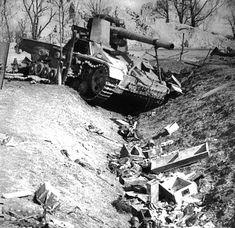 "A wrecked SdKfz 165 ""Hummel"" S/P gun destroyed by Soviet artillery near the City of Lviv in the Ukraine Ww2 Photos, Photos Du, Tiger Tank, Tiger Tiger, Ww2 Tanks, Lake Superior, War Machine, World War Two"