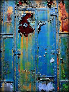 ⇜ Rust Lust ⇝ rusted metal with gorgeous patina - Rusted door