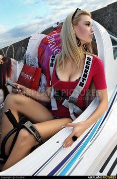 Cockpit in Girls naked