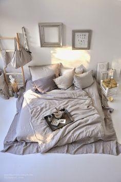 Cuantas veces hemos soñado con una cama perfecta llena de textiles combinables y de tacto visible, camas que las ves en foto y te meterías ...