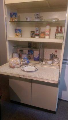 Vintage Eastham Retro Kitchen Unit / Cabinet / LARDER / KITCHENETTE, 50s / 60s Cupboards, Cabinets, Larder, Kitchen Units, Kitchenette, Bathroom Medicine Cabinet, Diy Furniture, The Unit, Craft Ideas