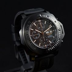 The Helfer Racer Chrono Professional is crafted with a flawless finish. For more information email helferwatches.com.au. #helferwatchesaus #swissmade