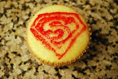 Sunshine and a Summer Breeze: Super hero cupcakes