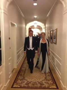 PERFECT wedding attire for mother and father of the bride ~ Mitt and Ann Romney~