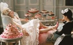 """Maria Antonietta e i pasti """"dietetici"""" #mariaantnetta #regine"""