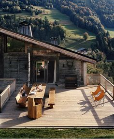 Why You Should Consider Buying a Log Cabin - Rustic Design Chalet Design, House Design, Rustic Design, Rustic Style, Cabana, Oar Decor, Wood Canoe, How To Build A Log Cabin, Cabin In The Woods